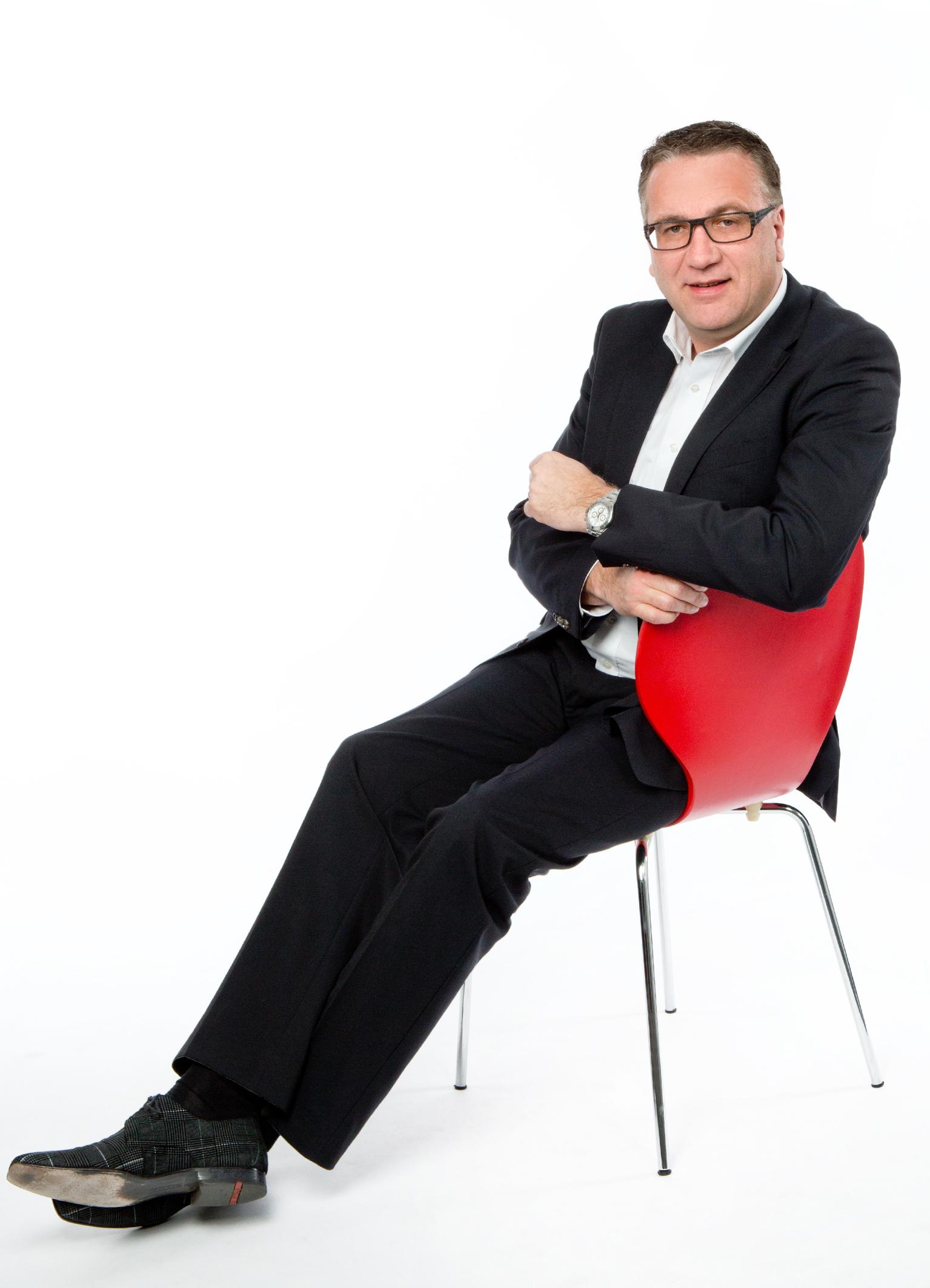 Jörg J. Schröder